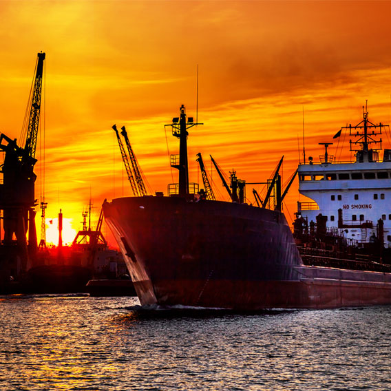 Article : The Shipping Industry Finds an Unusual Survival Tactic in  Outsourcing